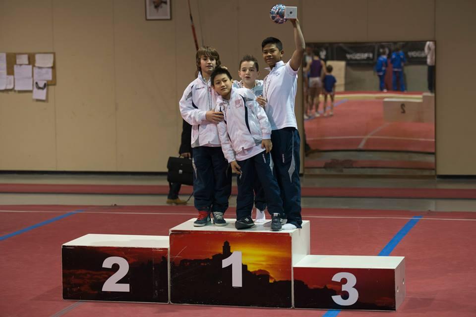 La squadra prima classificata nella serie C: Lorenzo Casali (davanti), Mattia Nisi (dietro sin), Marco Gigli, Lay Giannini)